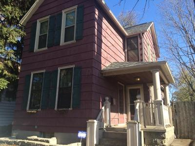 Columbus Single Family Home For Sale: 888 Ebner Street