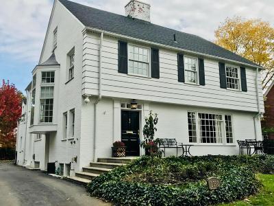 Upper Arlington Single Family Home For Sale: 2390 Arlington Avenue