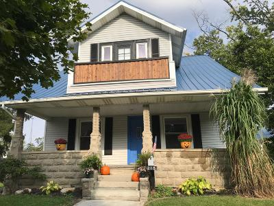 Single Family Home For Sale: 215 N Marion Street