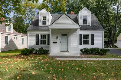 Gahanna Single Family Home Contingent Finance And Inspect: 146 Shull Avenue