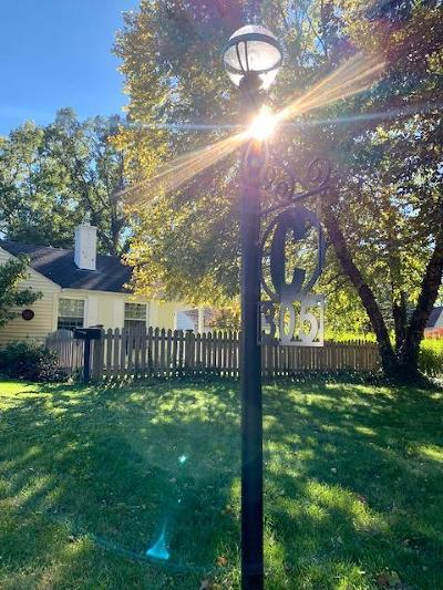 Worthington Single Family Home For Sale: 305 E Selby Boulevard
