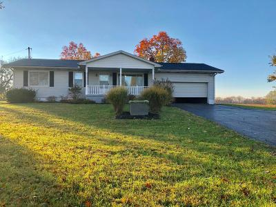Stoutsville Single Family Home Contingent Finance And Inspect: 8661 Us Highway 22 E