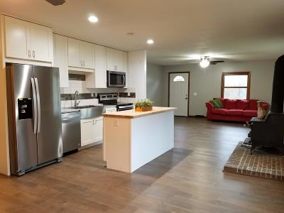 Newark Single Family Home Contingent Finance And Inspect: 2828 Ritchey Road SE