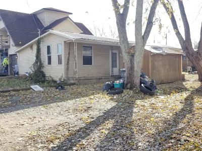 Buckeye Lake Single Family Home Contingent Finance And Inspect: 45 7th Street