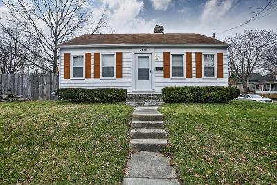 Grove City Single Family Home Contingent Finance And Inspect: 3618 Connor Street