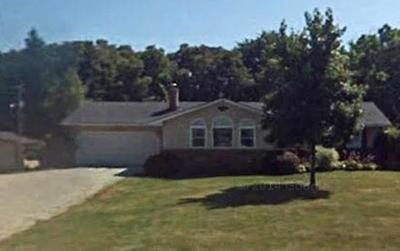 Canal Winchester Single Family Home Contingent Finance And Inspect: 10840 Lithopolis Road NW