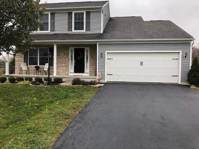 Pickerington Single Family Home Contingent Finance And Inspect: 11635 Chanticleer Drive NW