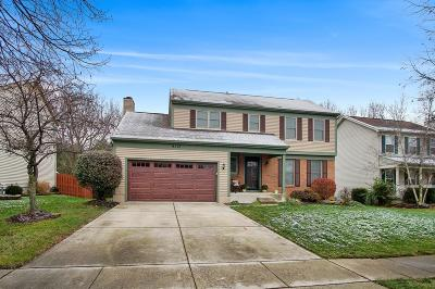Grove City Single Family Home Contingent Finance And Inspect: 6374 Windcliff Drive