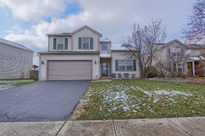 Groveport Single Family Home Contingent Finance And Inspect: 4005 Walnut Crossing Drive