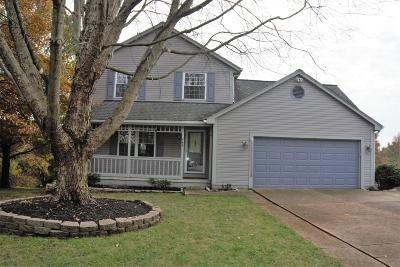 Pickerington Single Family Home Contingent Finance And Inspect: 445 Blue Jay Court