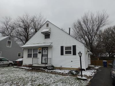 Single Family Home Sold: 2207 Earl Avenue