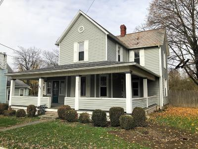 Pleasantville Single Family Home For Sale: 107 E Columbus Street