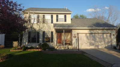 Hilliard Single Family Home Contingent Finance And Inspect: 3644 Stonecross Lane