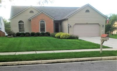 Pickerington Single Family Home Contingent Finance And Inspect: 135 Gayle Drive