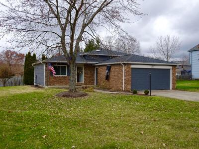 Pickerington Single Family Home Contingent Finance And Inspect: 12311 Harmon Road