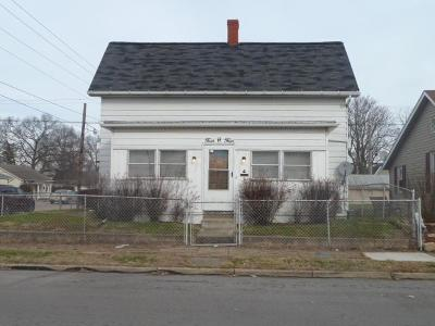 Circleville OH Single Family Home For Sale: $99,000