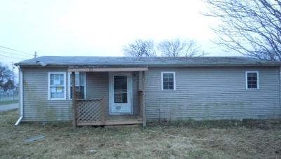 Marion OH Single Family Home For Sale: $27,500