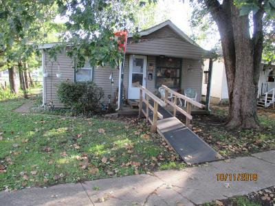Lancaster Single Family Home For Sale: 1116 E Walnut Street