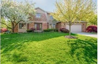 Upper Arlington Single Family Home For Sale: 4680 Burbank Drive