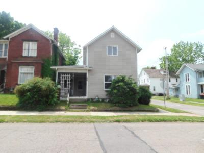 Newark Single Family Home For Sale: 185 W Locust Street