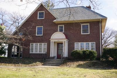 Upper Arlington Single Family Home For Sale: 1690 Arlington Avenue