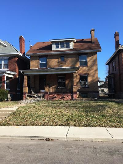 Columbus OH Single Family Home For Sale: $260,000
