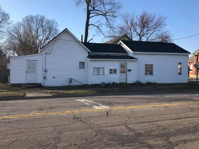 Circleville Single Family Home For Sale: 501 S Washington Street