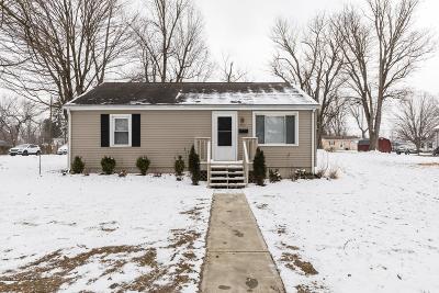 Newark Single Family Home For Sale: 909 Wells Avenue