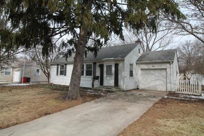 Worthington Single Family Home For Sale: 376 N Selby Boulevard
