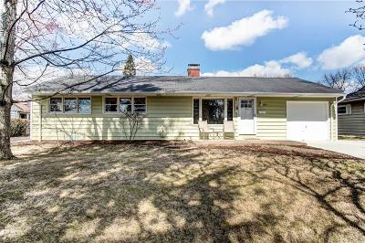 Upper Arlington Single Family Home For Sale: 1974 Langham Road