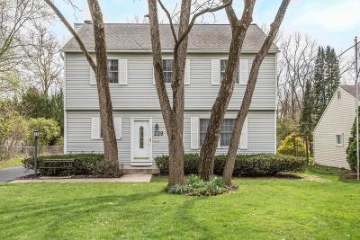 Clintonville Single Family Home For Sale: 229 E Cooke Road