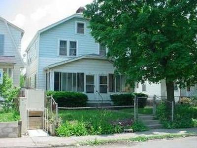 Columbus Multi Family Home For Sale: 136 Whitethorne Avenue #38