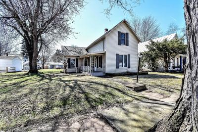 Utica Single Family Home For Sale: 132 North Street