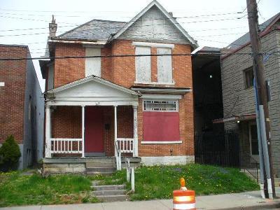 Columbus Single Family Home For Sale: 48 E 5th Avenue