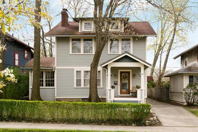 Clintonville Single Family Home For Sale: 137 E Pacemont Road