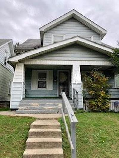Columbus Single Family Home For Sale: 724 Seymour Avenue