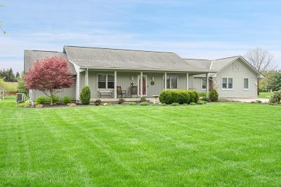 Franklin County, Delaware County, Fairfield County, Hocking County, Licking County, Madison County, Morrow County, Perry County, Pickaway County, Union County Single Family Home For Sale: 11880 Gorsuch Road