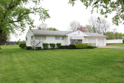 Circleville OH Single Family Home For Sale: $165,000