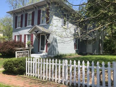 Single Family Home For Sale: 304 N Mulberry Street