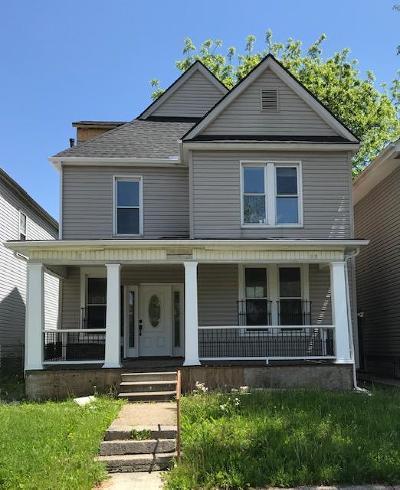 Single Family Home For Sale: 908 Oakwood Avenue