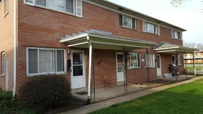 Columbus Multi Family Home For Sale: 908 N Meadows Court