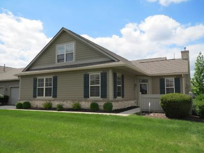 Grove City Condo For Sale: 4245 Waterside Place