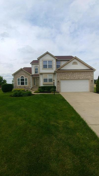 Pickerington Single Family Home Sold: 644 Manchester Circle N