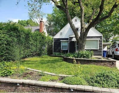 Clintonville Single Family Home For Sale: 302 Chase Road