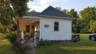 Fayette County Single Family Home For Sale: 706 W Market Street