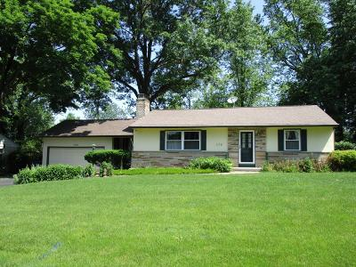 Clintonville Single Family Home For Sale: 172 Fairlawn Drive