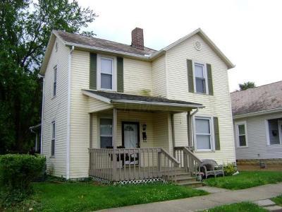 Lancaster Single Family Home For Sale: 618 E Chestnut Street