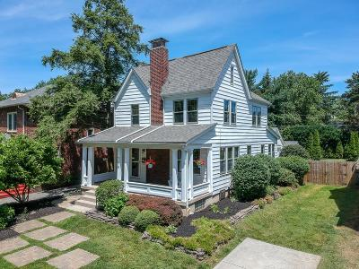 Clintonville Single Family Home For Sale: 366 Clinton Heights Avenue