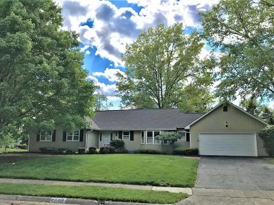 Upper Arlington Single Family Home For Sale: 4585 Shires Court