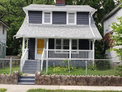 Columbus Single Family Home For Sale: 733 Lilley Avenue